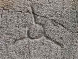 سنگ های تراش خورده ساسانی