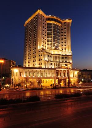 343 هتل قصر طلایی مشهد