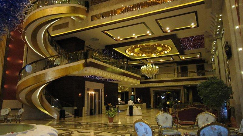 348 هتل قصر طلایی مشهد