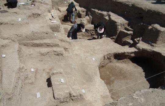 زرنق 5 تپه باستانی دوزده باغیر