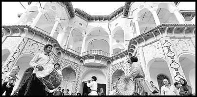 20-35-00 اعلام آمادگی میراث فرهنگی برای توسعه صنعت گردشگری