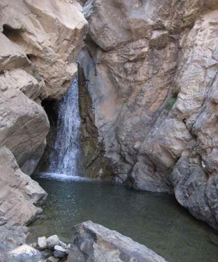 آبشار تیز آب
