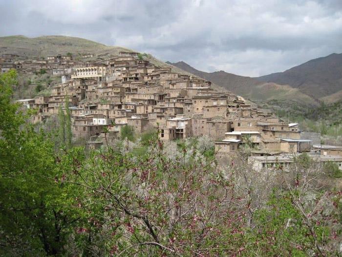 روستای ییلاقی دیز باد  روستای ییلاقی دیز باد