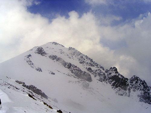 کوه-کلک-چال--قله کوه کلک چال، یخچال پربرف تهران