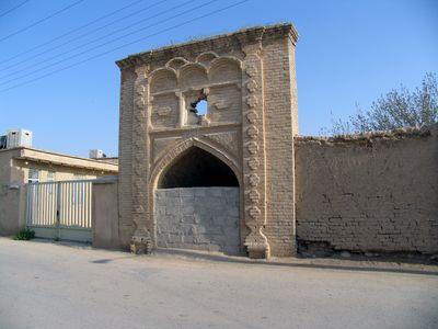 آب انبار قديمي لطف آباد