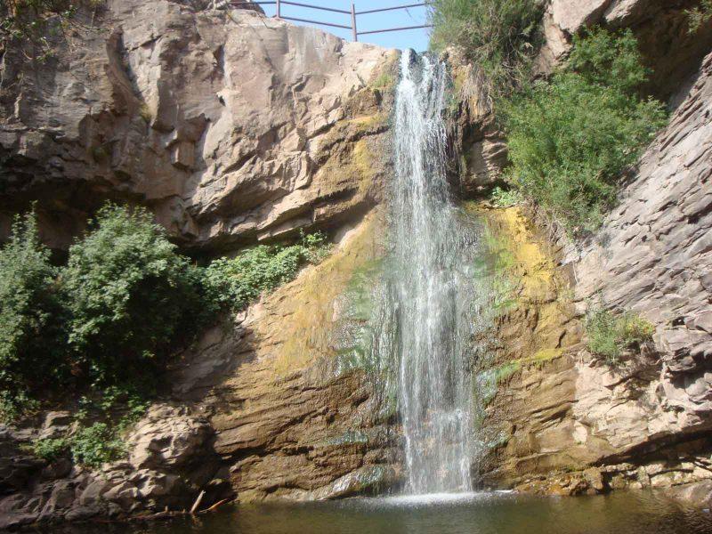 kale-khane آبشار گله خانه ( کله خانه )