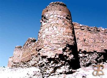 sang کاروانسرای قلعه سنگی