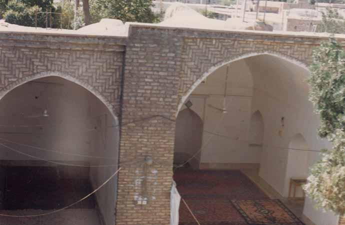 قسمت-جنوبی-مسجدحسینیه-قلعه-زرندیادگاری-ازدوران-زندیه-مهدی-سهرابی1 مسجد حسینیه قلعه