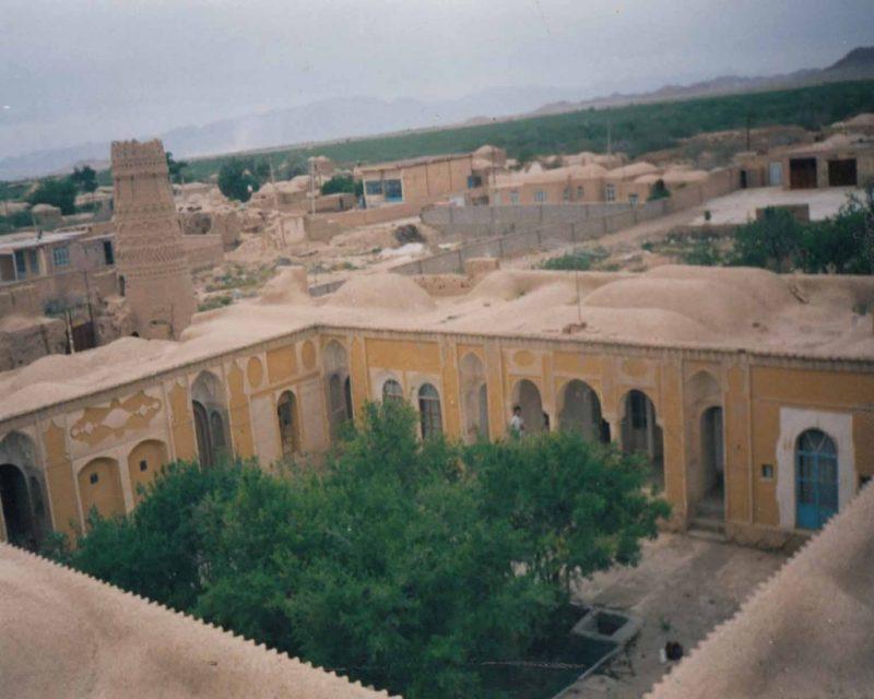 www.BotiaPatogh.ir یزدان شهر