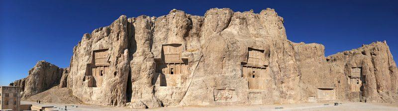 20101229_Naqsh_e_Rostam_Shiraz_Iran_more_Panoramic نقش رستم، عکس منتخب روز در صفحه اصلی ویکی پدیا