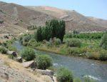 ارزیابی اثرات اقتصاد گردشگری از دیدگاه جامعه میزبان در تفرجگاه بند ارومیه