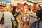 استقبال گرم از غرفه های نمایشگاه صنایع دستی ایران در فلورانس ایتالیا