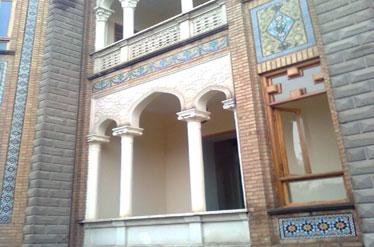 IMG13293675 تبدیل خانههای تاریخی محله امین حضور به فروشگاه و انباری