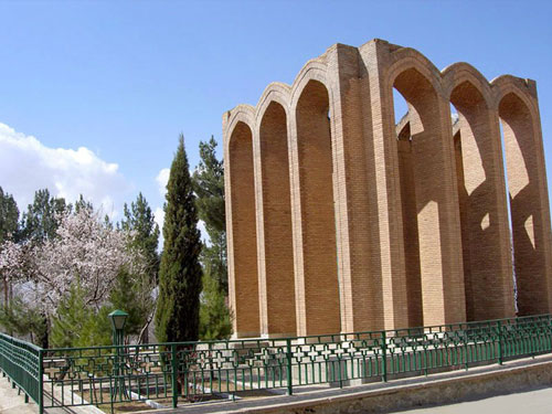 آرامگاه-رضی-الدین-آرتیمانی7 تویسرکان