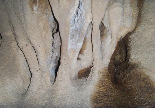غار-سنگ-سفید2 غار سنگ سفید