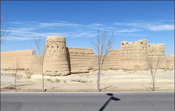 08 قلعه روستای شهرسب