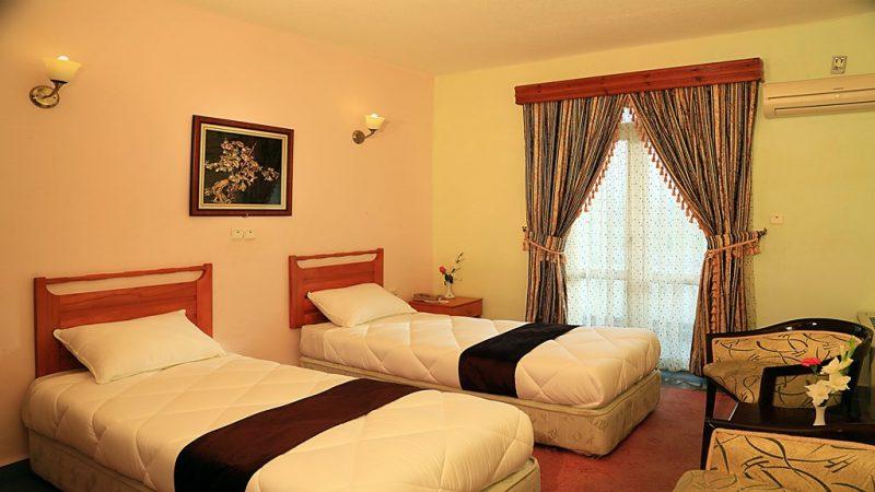 2355 هتل جهانگردی نمونه انزلی