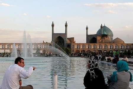 81160429-5688838 نقش آموزش در گردشگری ایران، کمرنگ است