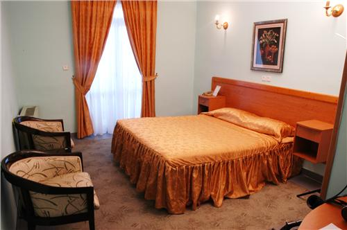 anzali3 هتل جهانگردی نمونه انزلی