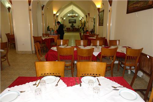 damghan15 هتل جهانگردی دامغان