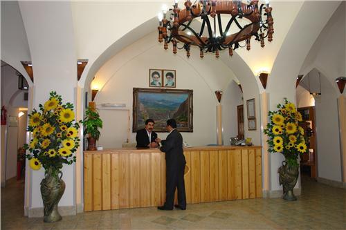 damghan21 هتل جهانگردی دامغان