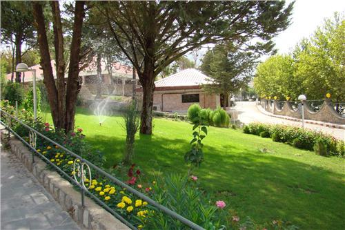 khoram1 هتل جهانگردی سراب کیو (خرم آباد)