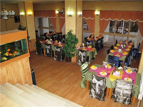shahrod9 مهمانسرای جهانگردی شاهرود