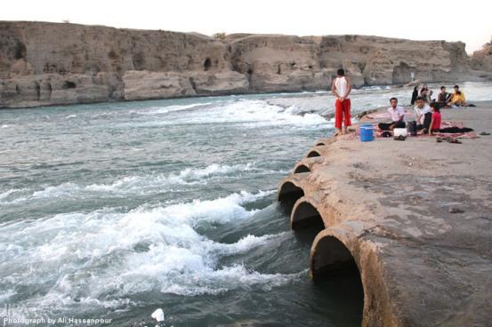 رودخانه دز و پارکهای ساحلی رودخانه