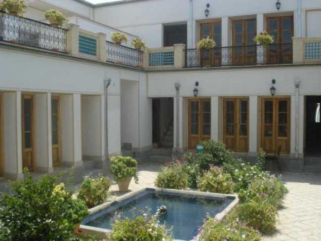 هتل سنتی طلوع خورشید اصفهان