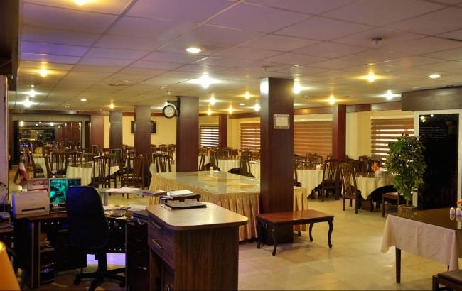 2056 هتل اصفهان