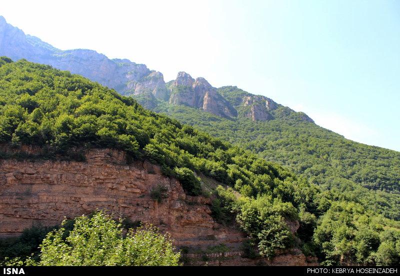 آبشار هریجان ایران در گردشگری صاحب مکتب است