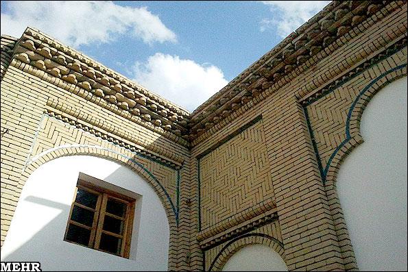 IMG10211629 مرمت خانه تاریخی مهربان برای حضور شهردار