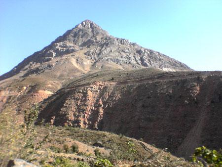کوه دنا