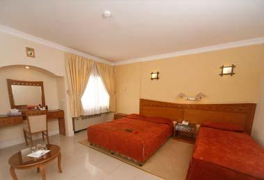 2027 هتل آزادی اصفهان