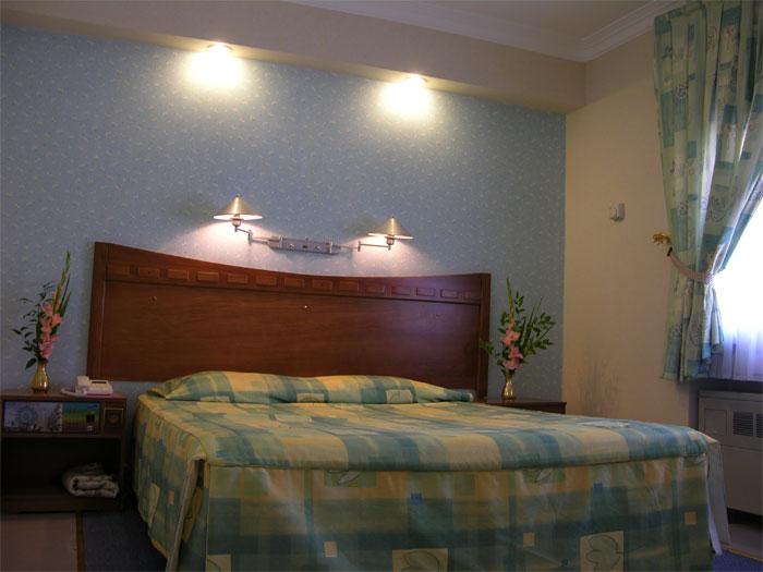 2028 هتل آزادی اصفهان