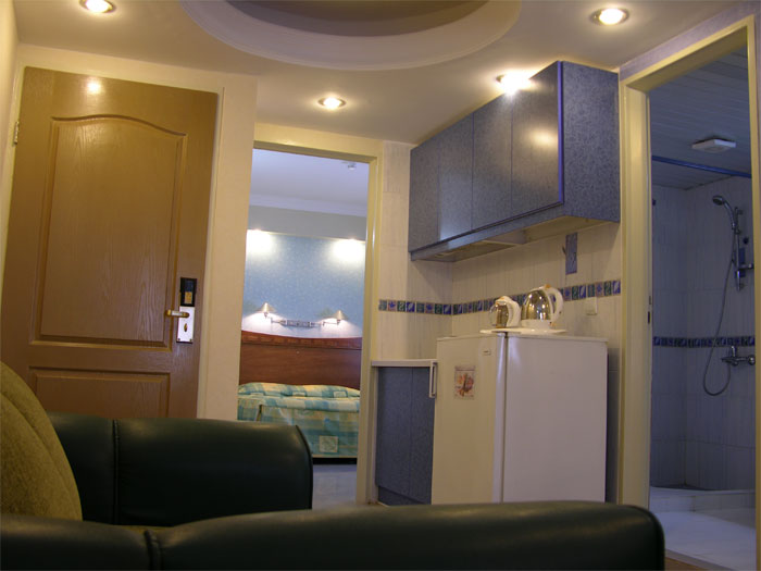2032 هتل آزادی اصفهان