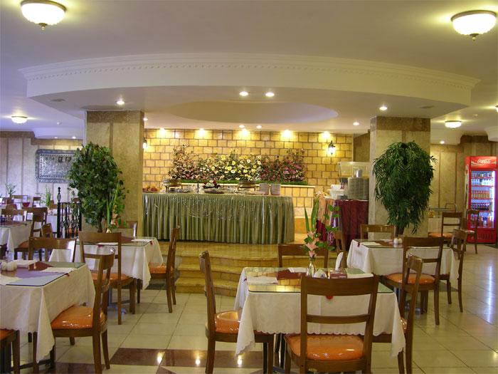 2034 هتل آزادی اصفهان