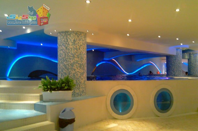 homa-hotel-shiraz-pool هتل هما شیراز