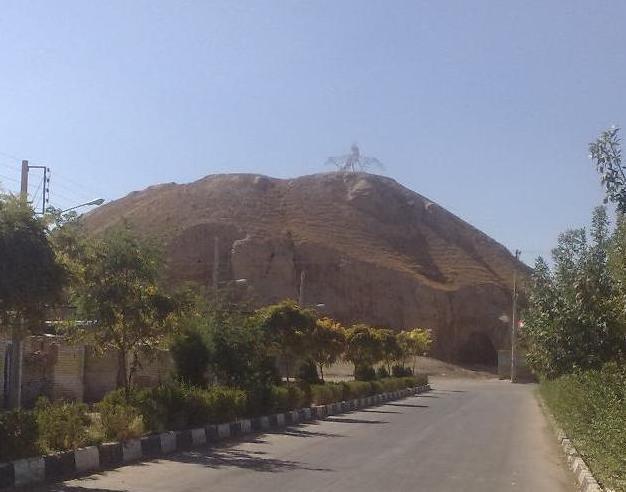 تپه فرهاد گرد