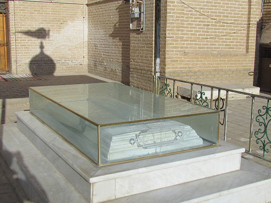 aramgah mozdaghani آرامگاه شیخ محمود مزدقانی