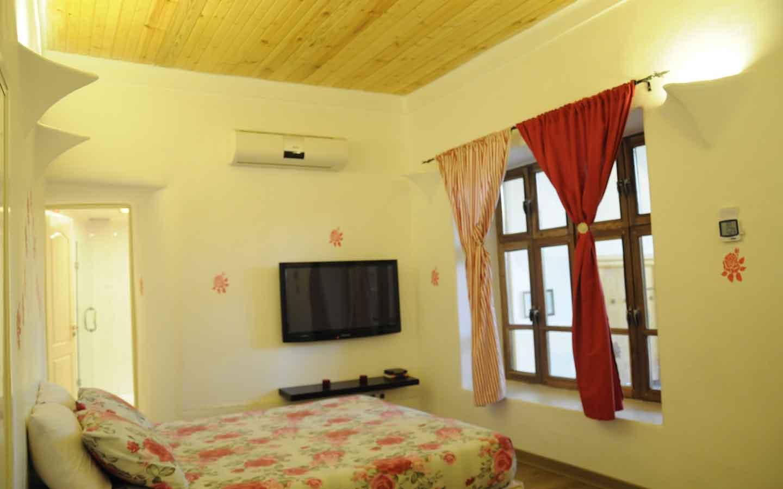slide-5 هتل خانه گل شهمیرزاد