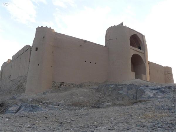 234 قلعه خورمیز