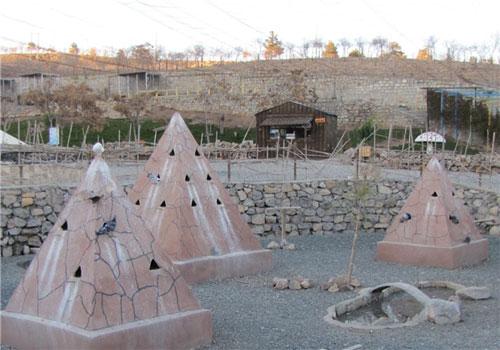 باغ پرندگان صدف باغ پرندگان صدف کرمانشاه