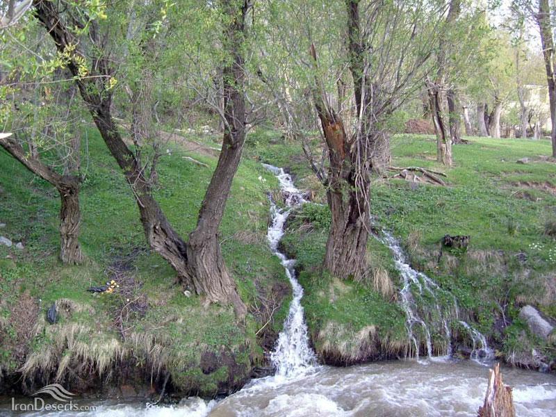 23 آبشارهای دوزخ دره
