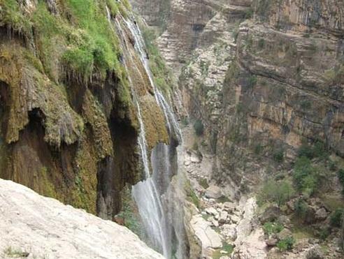 271 آبشار کمر دوغ