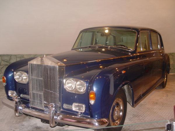 41 موزه اتومبیل های سلطنتی سعدآباد
