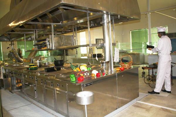 44 موزه آشپزخانه سلطنتی سعدآباد