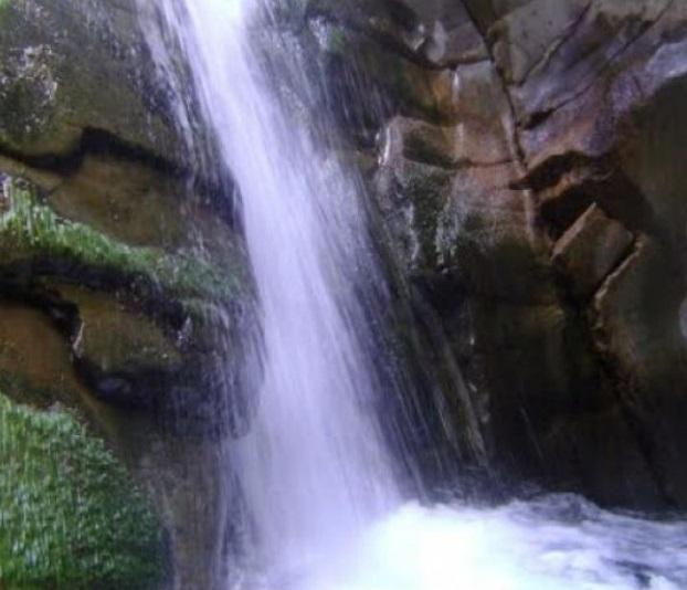 93 آبشار سه کنج