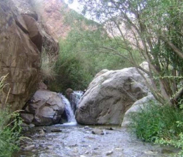 96 آبشار سه کنج