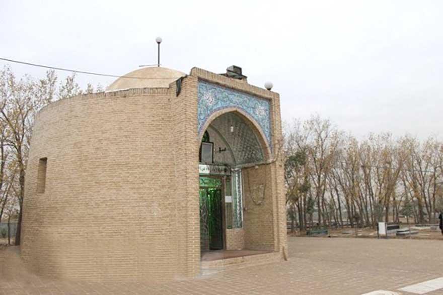 3 امامزاده علی اصغر (ع) آلارد